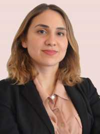 Maître Amélie Ozsevgec